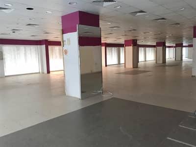 Shop for Rent in Al Satwa, Dubai - Huge Showroom available in 2nd December Street