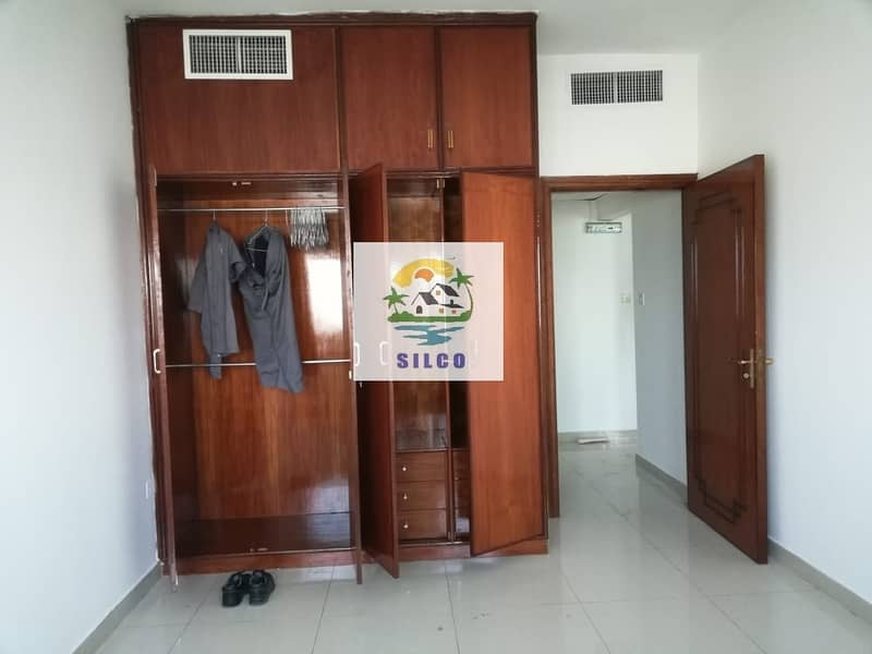 1 1 B/R FLAT FOR RENT IN AIRPORT ROAD 45K