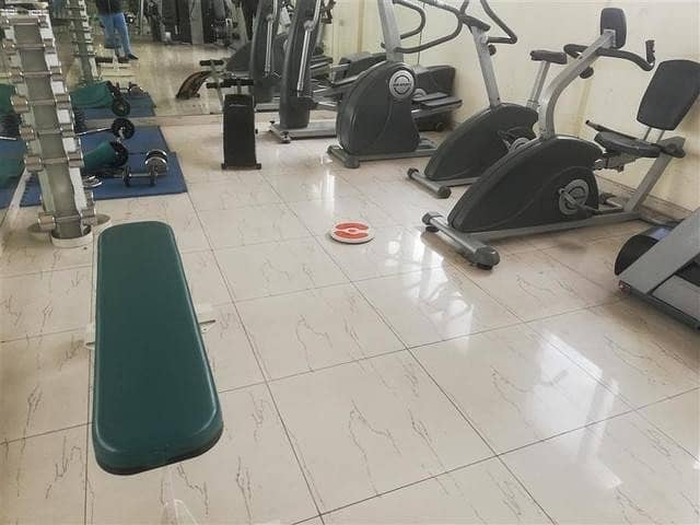 V-Specious 1BHK With All Amenities 2washrooms+1Master bedroom+Gym+Pool+Parking Close To Carrefoure