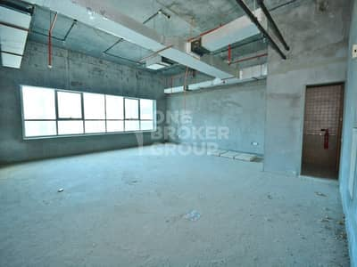 Office for Sale in Jumeirah Lake Towers (JLT), Dubai - Shell and Core  Office at High Floor - JLT