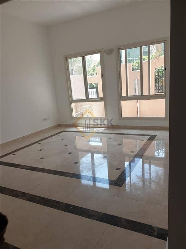 2 Corner 3+M villa in Mushrif Garden compd