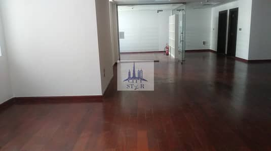 Office for Sale in Business Bay, Dubai - Upgraded Vacant office with Burj view in Aspect (Executive) tower