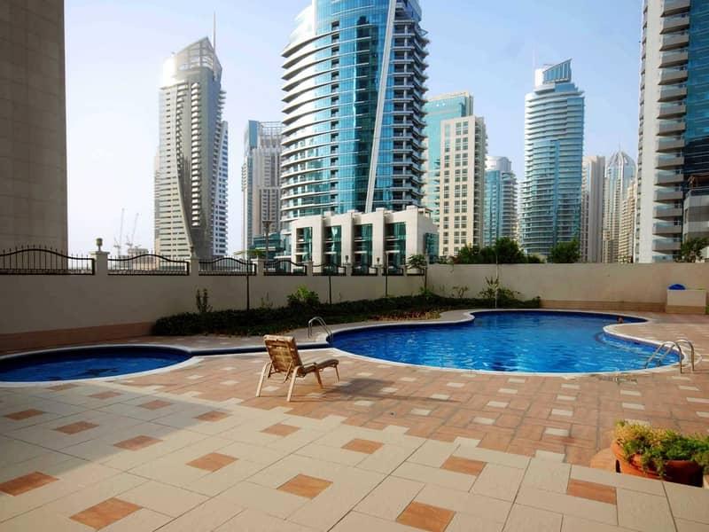 10 Great Price!!For Sale!! 2 Bedrooms Apartment
