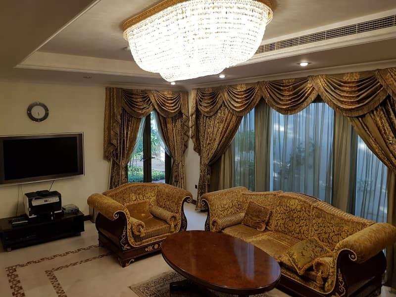 2 4BR | Fully furnished Villa | Atrium Entry