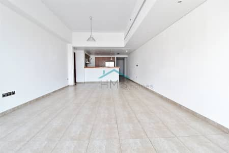 2 Bedroom Apartment for Sale in Palm Jumeirah, Dubai - 2 Bedroom | Large Terrace | Motivated