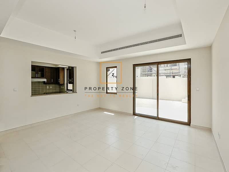 2 Best Location Type 3M Townhouse in Mira