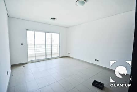 3 Bedroom Apartment for Rent in Jumeirah Heights, Dubai - Bright Lake View Duplex| Large Terrace