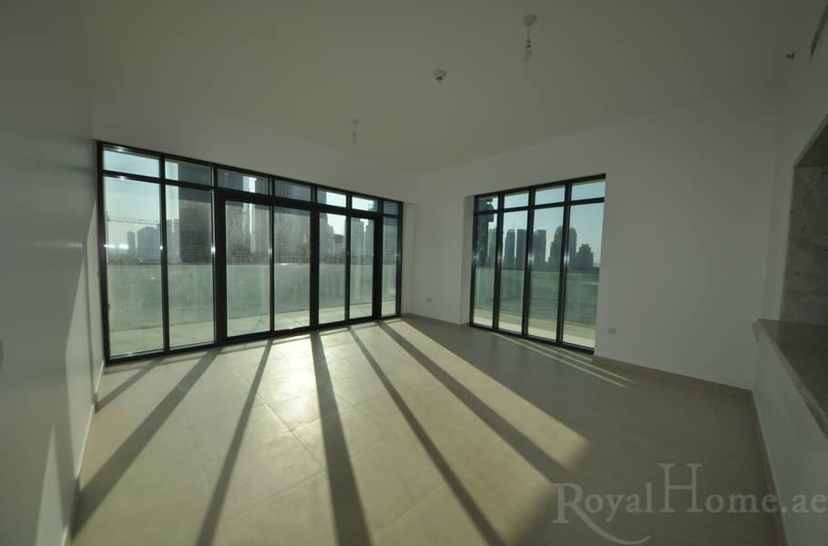 2 Bright and spacious 2 Bedroom apartment.