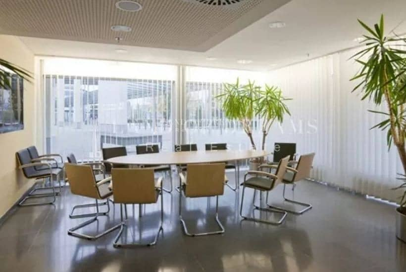 Amazing Offer! Business Center for Sale