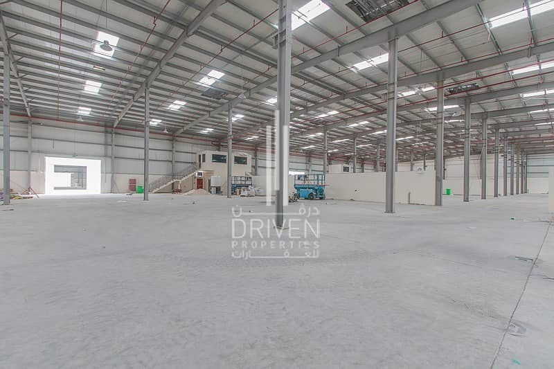 2 SPACIOUS WAREHOUSE FOR RENT IN DIC