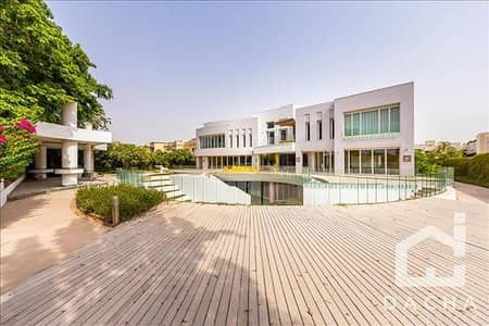 4 Bedroom Villa for Sale in Emirates Hills, Dubai - Exclusive / Contemporary / Golf course views