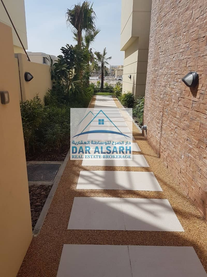 2 Owned a luxury villa ready in Dubai and installment after receiving two years