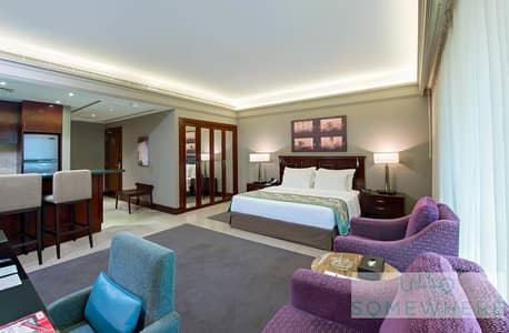شقة فندقية  للايجار في ديرة، دبي - Fully Furnished Studio Apartment opposite to Deira City Center Mall