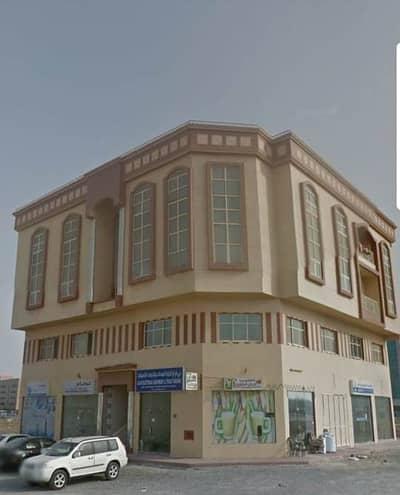 2 Bedroom Apartment for Rent in Al Hawiyah, Umm Al Quwain - For Rent flat 2 rooms  hall  2 bathrooms  kitchen Umm Al Quwain