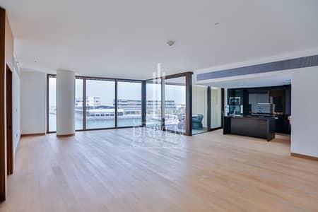 شقة 4 غرف نوم للبيع في جميرا، دبي - Spacious 4BR + 2M | City and Marina View