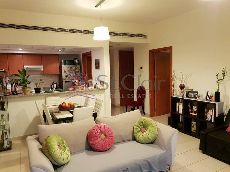 11 1 Bed | Fully Furnished | Community View