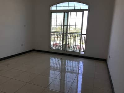 Well Maintained 5BHK (Duplex) with separate entrance & Garden in Jahli