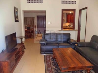 2 Bedroom Flat for Sale in Old Town, Dubai - Vacant Spacious 2 Bed with Large Terrace
