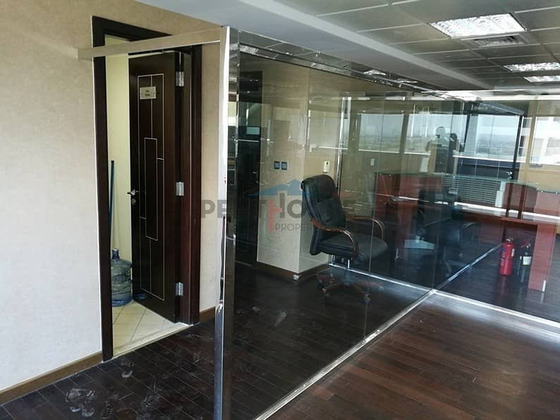 10 Fitted Office