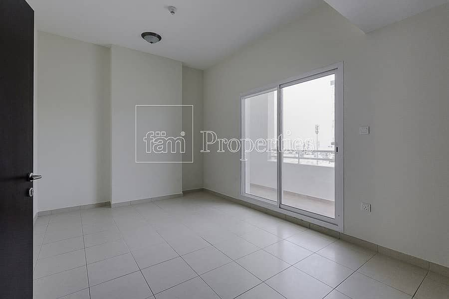 2 Brand New Apart/Open View/No Comission