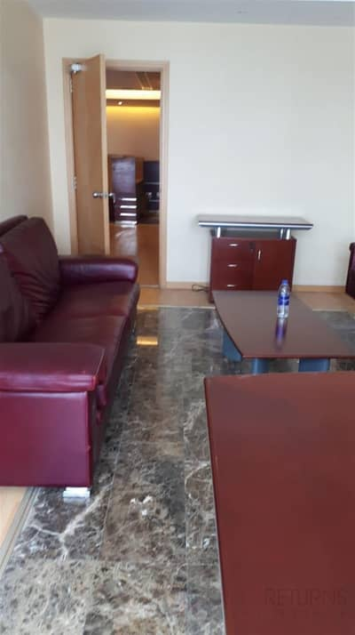 Cheap furnished office on the metro for rent