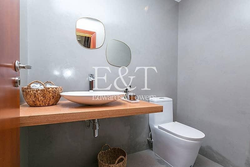 11 Exclusive/Upgraded/Excellent location