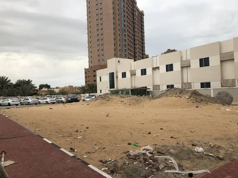 Commercial land next to the alhekmaa school  ground + 10 floors