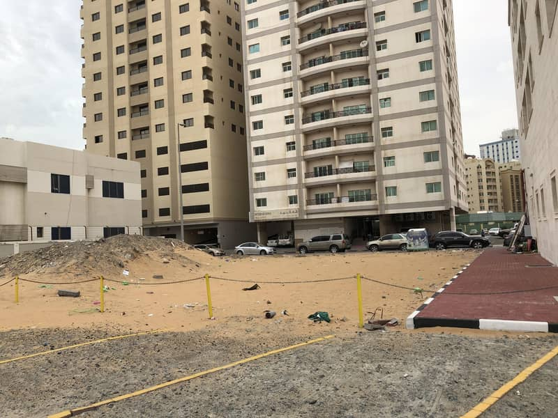 10 Commercial land next to the alhekmaa school  ground + 10 floors