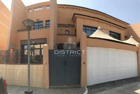 6 Bedroom Villa for Rent in Al Mushrif, Abu Dhabi - Best Value & Spacious  Villa in Delma St.