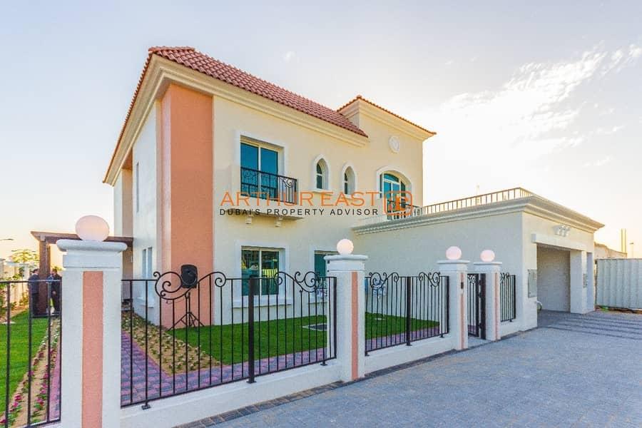 Brand New 5 Bedroom Family Home Villa