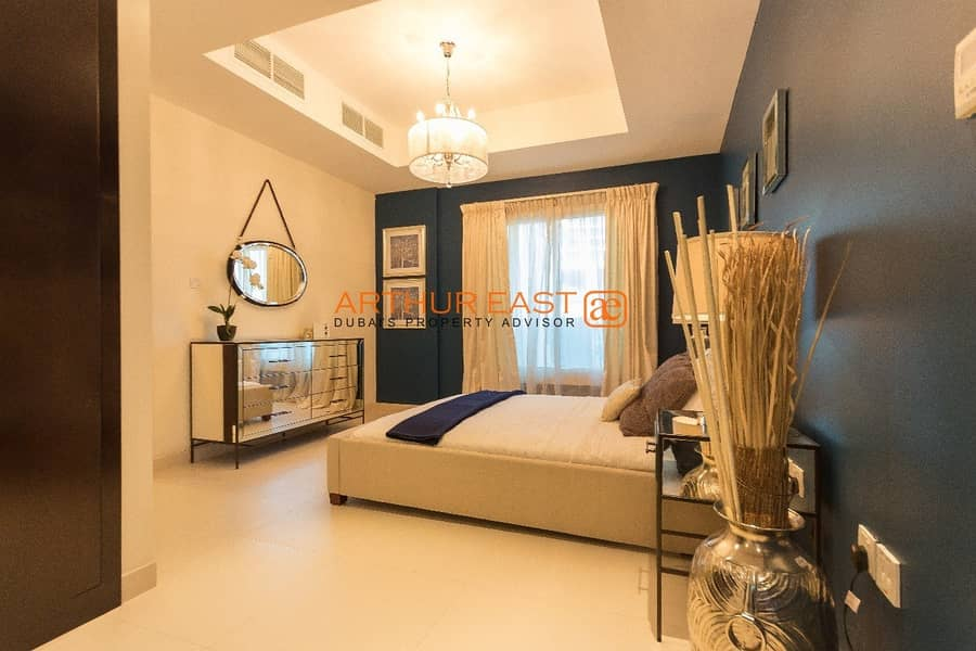 2 Brand New 5 Bedroom Family Home Villa