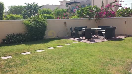 2 Bedroom Villa for Sale in Jumeirah Village Triangle (JVT), Dubai - Corner   Close to the Park   Vacant Soon