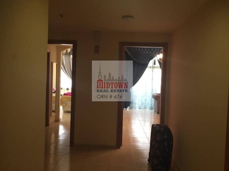 large 1bedroom apartment in the heart of dubai only 40000by 1 cheque