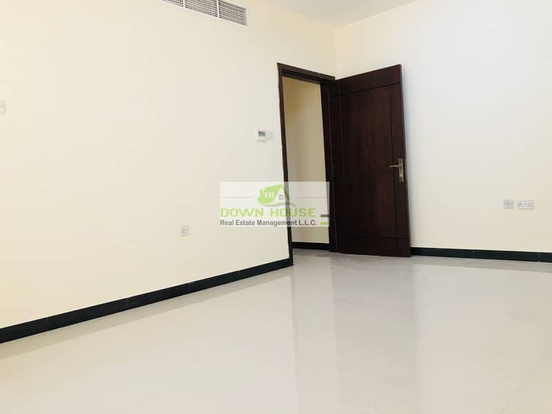 2 Private entrance amazing 2 beds apt in g floor kca