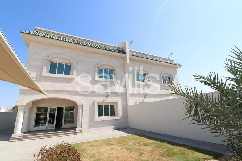 Deluxe 5 bedroom villa   Al Goaz