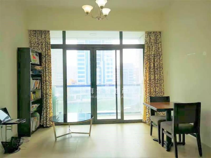 Stunning Lake View   Fully Furnished   Balcony
