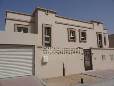 4 Bedroom Villa for Rent in Barashi, Sharjah - Lavish three and four bedroom villas exclusively with three payment