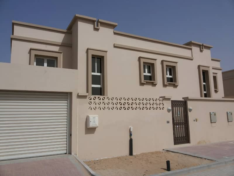 Lavish three and four bedroom villas exclusively with three payment