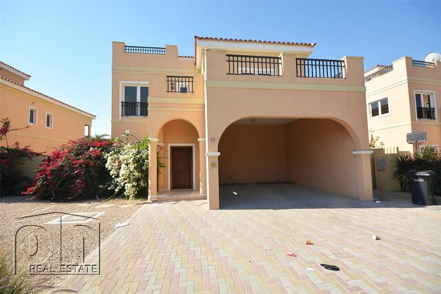 10 Vacant On Transfer   5 Bed Plus Pool
