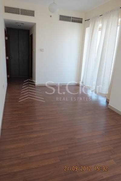 2 BR Apartment with Balcony for Rent JLT