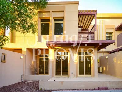 4 Bedroom Townhouse for Rent in Khalifa City A, Abu Dhabi - Deluxe 4 Bed TH with Facilities in Golf Gardens
