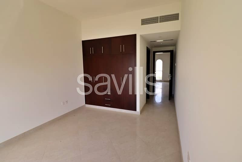17 Amazing 3 bedroom  G+2 townhouse with nice-looking view in Al Hamra