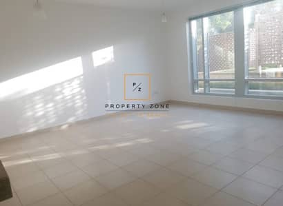Studio for Rent in Downtown Dubai, Dubai - Urgent Rent Studio in Burj Views Podium
