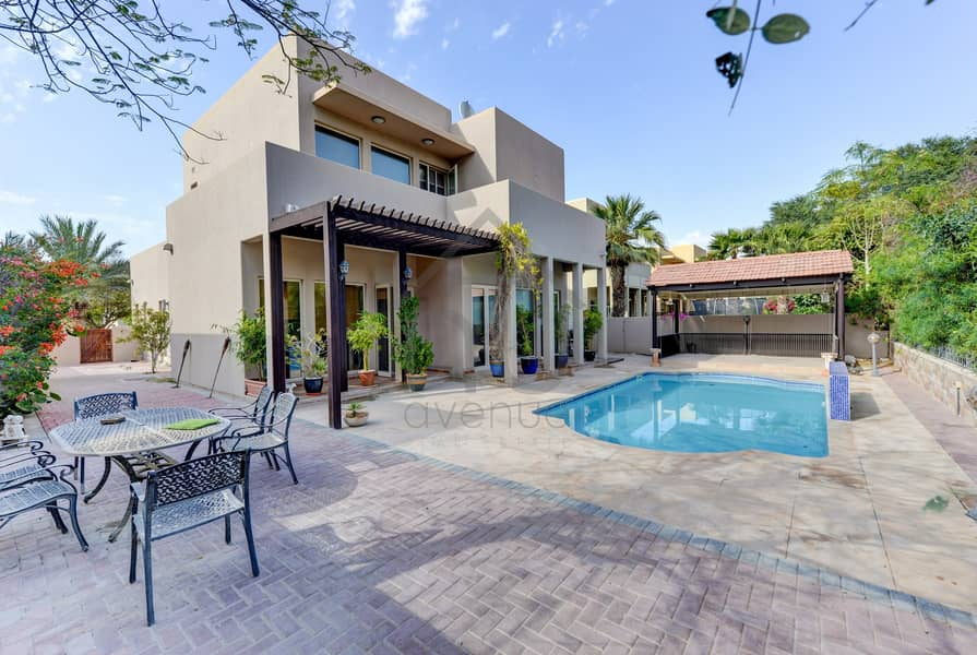 Park Backing 3BR Villa | Upgraded | Private Pool