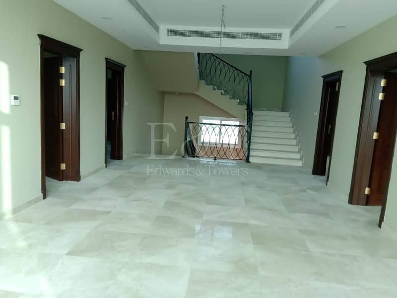 2 Well Maintained 7 Br Villa in Shakboot!!