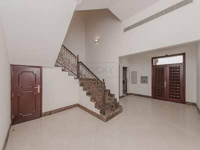 4 Bedroom Villa for Rent in Jumeirah, Dubai - Beautiful Semi Independent 4 B/R Villa | Private Pool | Jumeirah 1st
