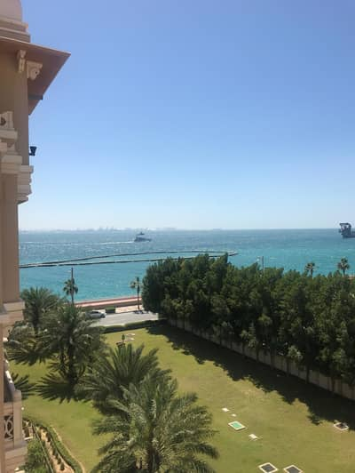 2 Bedroom Apartment for Rent in Palm Jumeirah, Dubai - Full Sea View -Elegant furnished 2 Beds plus maid Apt.