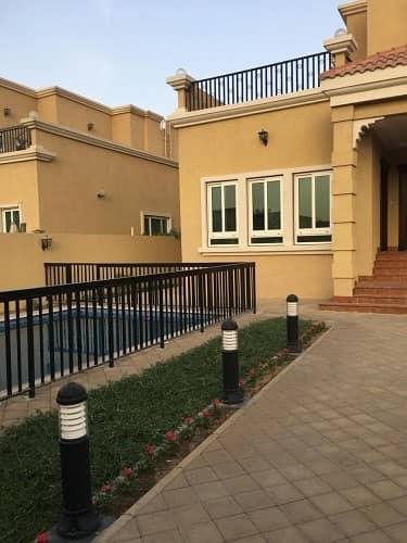 فیلا 5 غرف نوم للبيع في الياش، الشارقة - Huge 5 bedroom villa for sale  in Sharjah - Al Yash