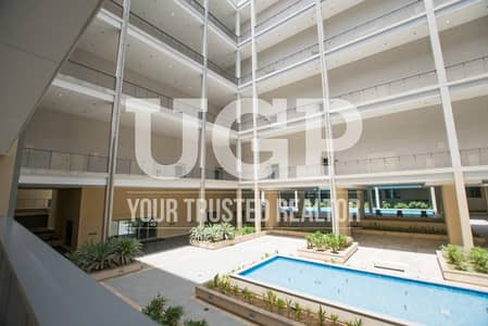 4 Bedroom Villa for Sale in Al Raha Beach, Abu Dhabi - Street View 4BR apt with Spacious layout