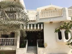 Massive 5 bedroom villa, Fully furnished with a beautiful large garden